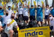 Voluntarios de Indra retiran más de tres toneladas de basura