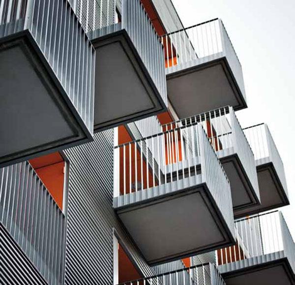 Edificio Cibeles de Barcelona, portada en la revista OnDiseño
