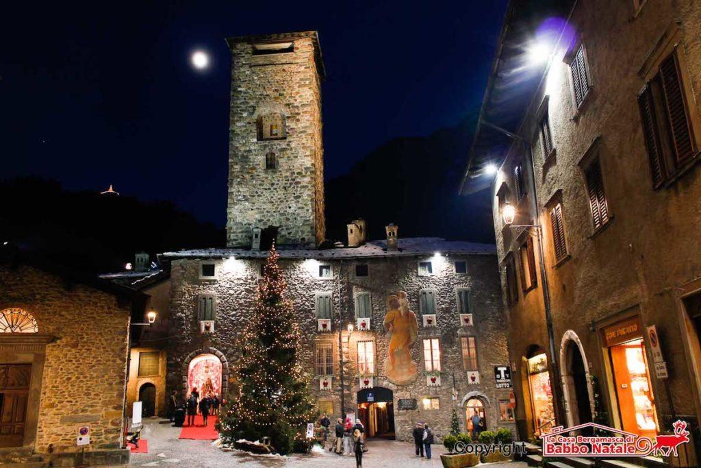 3074 · 2 persone ne parlano · 636 persone sono state qui. Babbo Natale Torna In Val Seriana Da Novembre La Casa Bergamasca E A Gromo Valseriana News