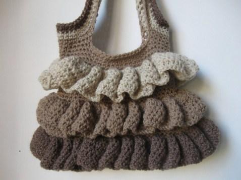 borsa-crochet-con-rouches