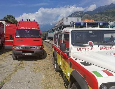 croce rossa e vigili del fuoco