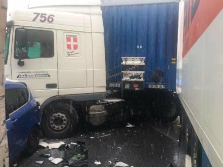 incidente autostrada 1 dicembre 2017