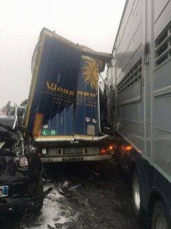 incidente tir autostrada 1 dicembre 2017