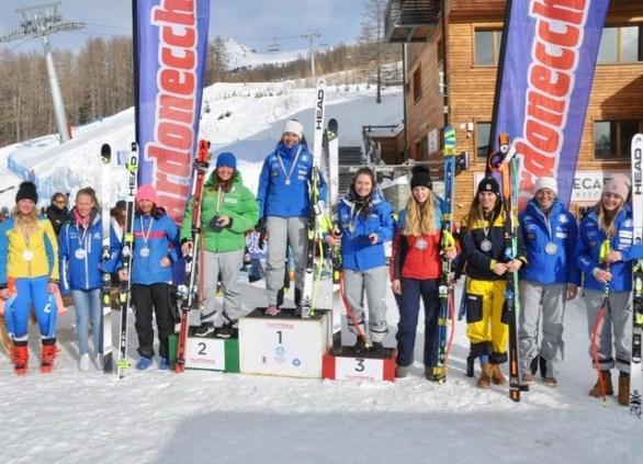 Campionati Italiani Giovani Discesa libera. Le prime dieci classificate (Foto Gian Spagnolo)