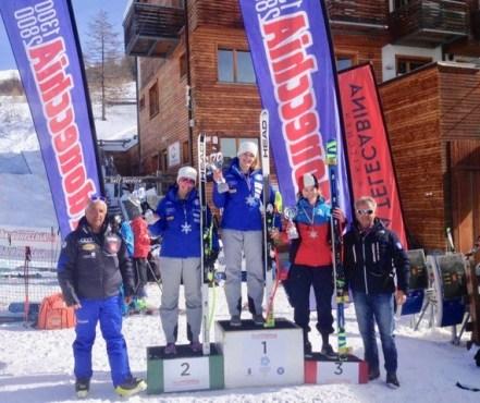 Sci Alpino Il podio della FIS Giovani di Super G (Foto PlatiA)