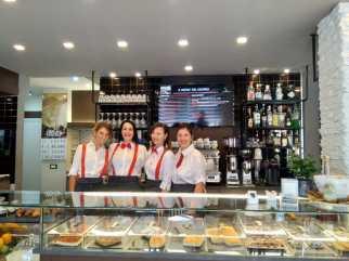 Staff Bar Il Provenzale / Sant'Antonino