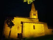chiesa illuminata 1