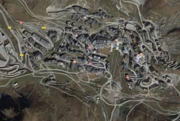 Vue sattelite location station de ski les trois vallées