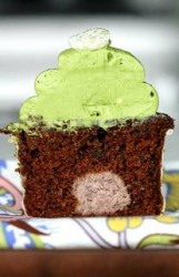 Adzuki Bean Paste Filled Chocolate Cupcakes with Matcha Green Tea Frosting