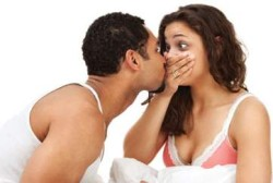 bad breath while kissing