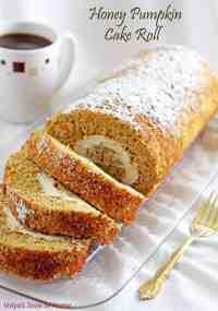 Honey Pumpkin Cake Roll