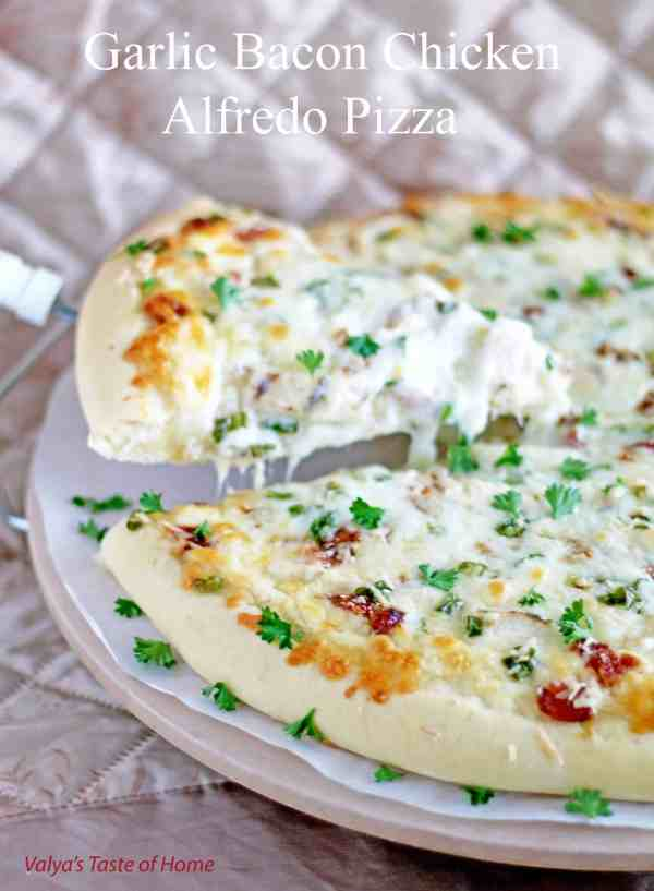 Garlic Bacon Chicken Alfredo Pizza