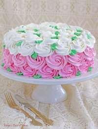 Strawberry Buskvit Cake with Greek Yogurt Cream