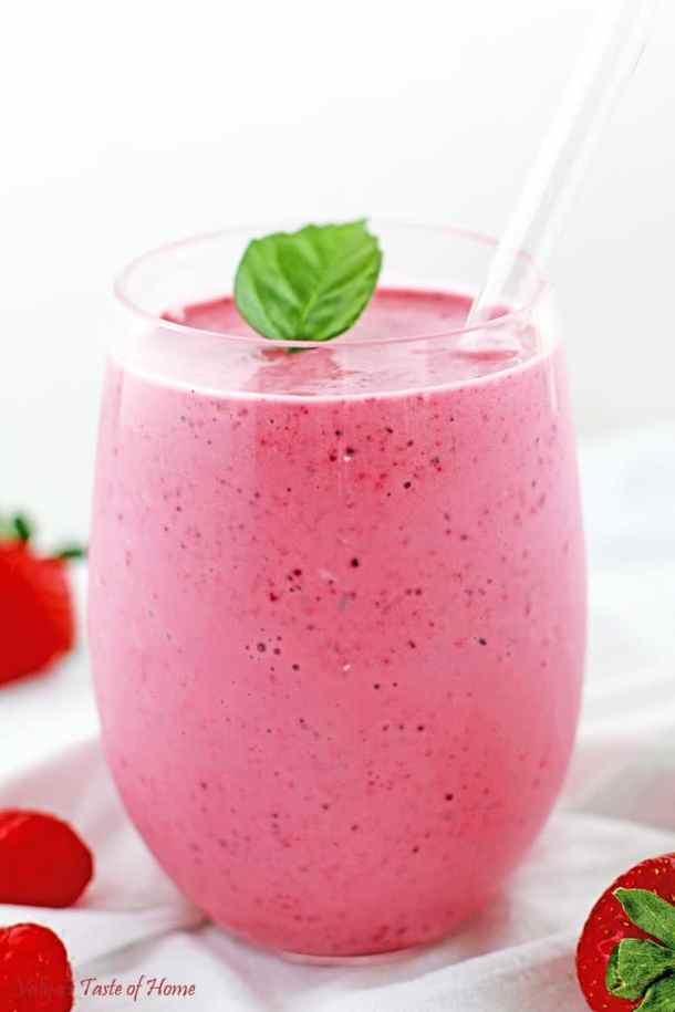 Healthy Berry Smoothie Recipe