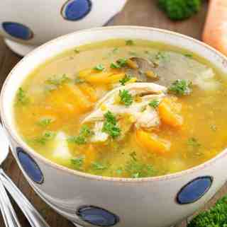 This Instant Pot Chicken Split Pea Soup Recipe is unique and fantastic. Its light, but also tastes rich and satisfying. Thanks to magical little kitchen appliances like the Instant Pot that does a lot of the work for you, the recipe is easier than ever, and the peas always turn out super soft. Packed with high-fiber vegetables like yellow peas, carrots and potato, this bowl of goodness checks every box in a season like this.