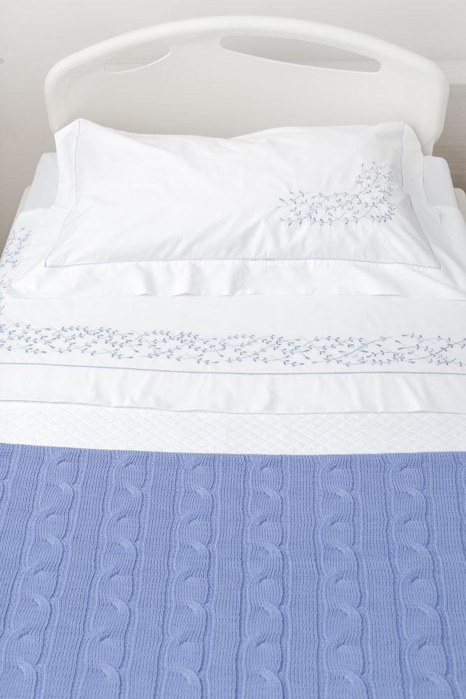 roupa de cama azul para maternidade valencien