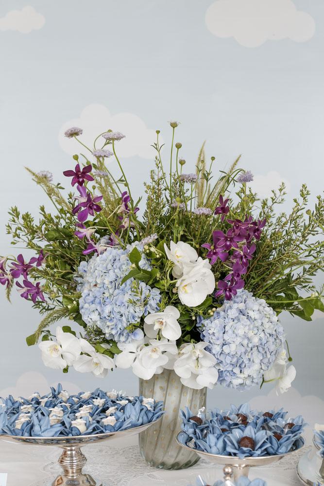 doces e flores para batizado