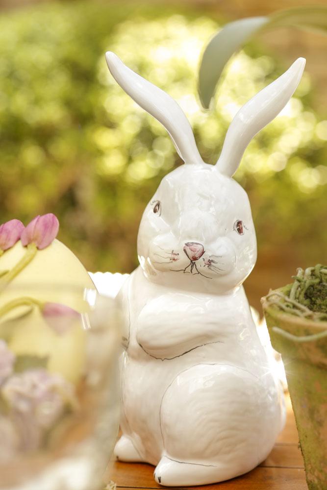 coelho de cerâmica couvert