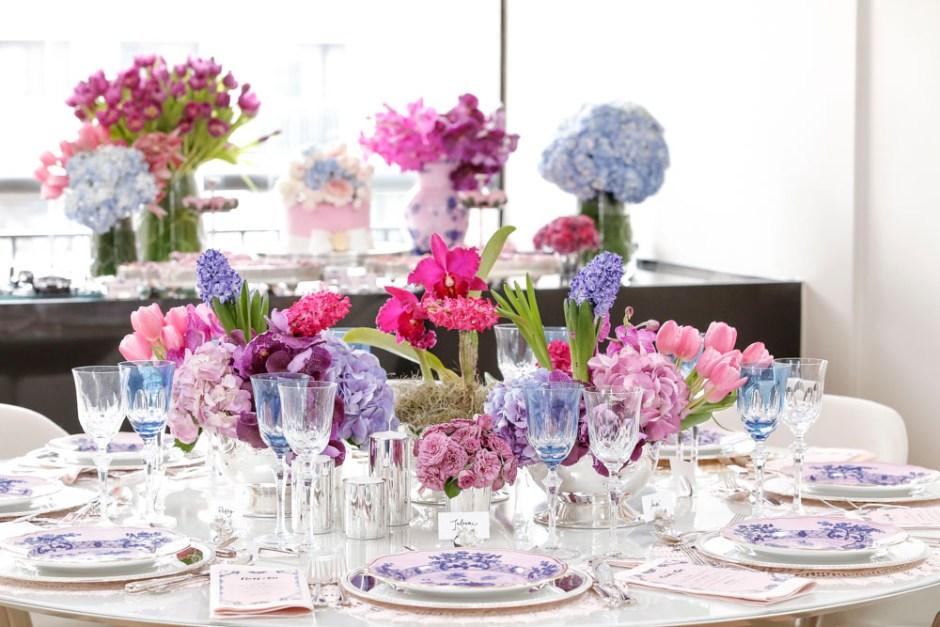 mesa de jantar para celebrar um noivado