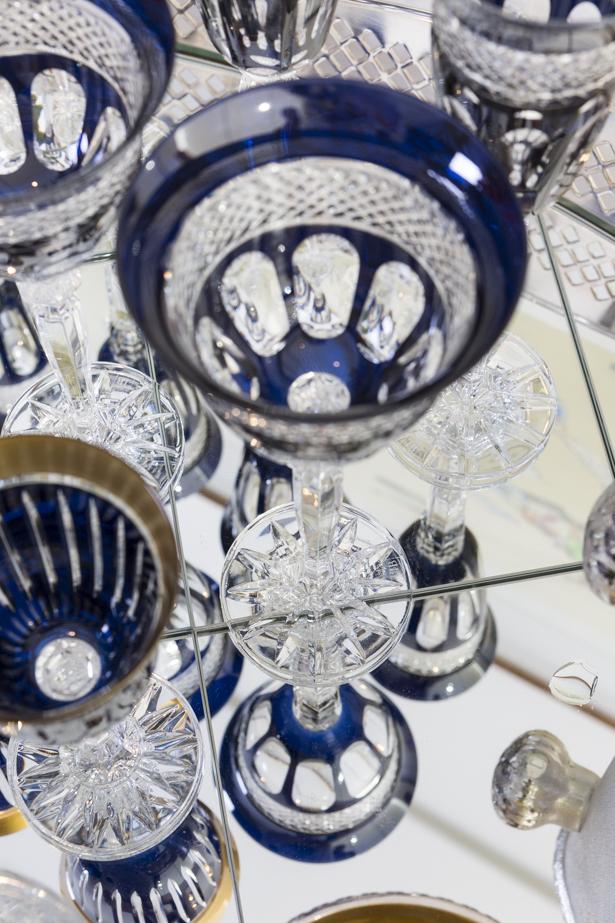 cristal lapidado à mão azul marinho tania bulhões