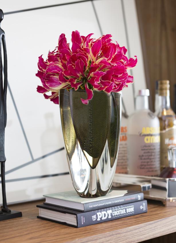 vaso de cristal triangular fumêcom gloriosas