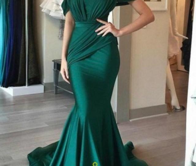 Emerald Green Off The Shoulder Ruched Embellished Mermaid Prom Dress