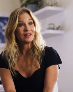 Christina Applegate in Dead to Me (2019)
