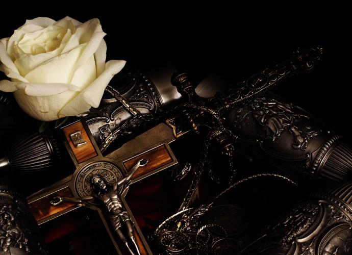 Il Crocifisso di Fergus Hume – Il Giglio Nero