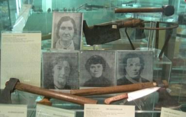 Gli strumenti utilizzati da Leonarda Cianciulli nei suoi delitti conservati al Museo Criminologico di Roma