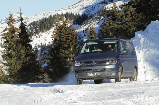 Fourgon aménagé Volkswagen Transporter T6 California 4Motion