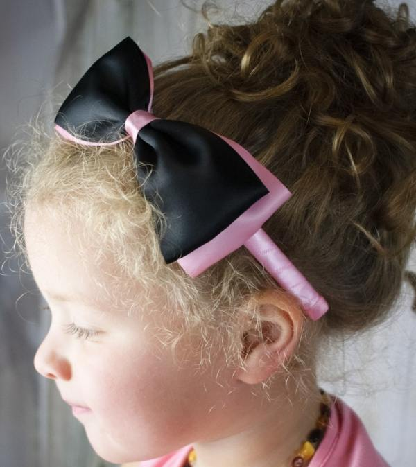 black and pink headband
