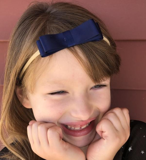 dark blue headband bow