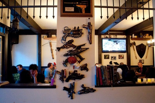 where to eat in vancouver storm crow tavern