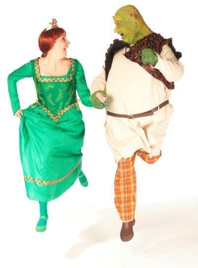 Lindsay Warnock as Fiona and Matt Palmer as Shrek.