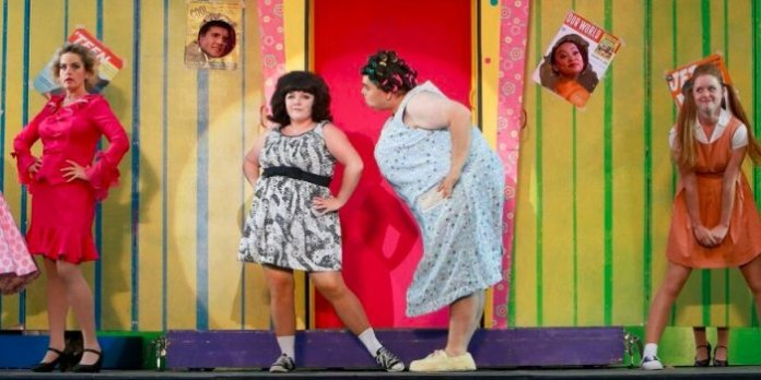 Erin F. Walker and Andy Toth as Tracy and Edna Turnblad. Photo by Tim Matheson.