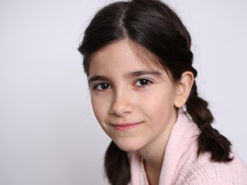 Madeline Angel plays Alice Wendelken in The Best Christmas Pageant Ever
