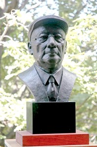bronze sculpture portrait