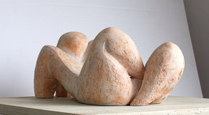 abstract female nude sculpture by Geemon Xin Meng