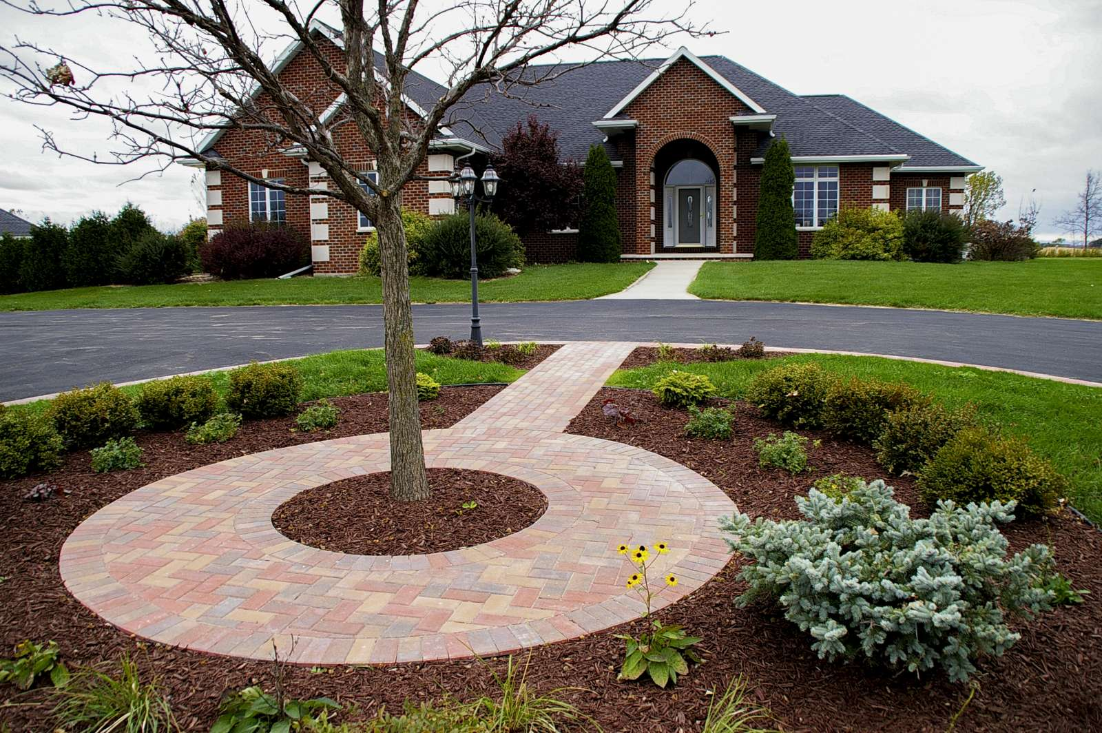 Landscaping Design of Patios, Walkways, and Paths, in ... on Landscaping And Patios id=16800