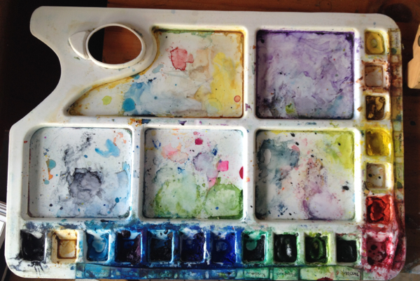 Artist studio Behind the Scenes - Lightweight palette holds many colours