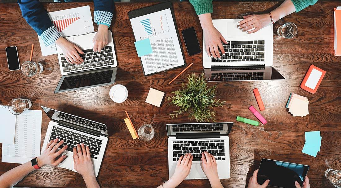 Coworking-Meeting-Vanessa_Cerrone