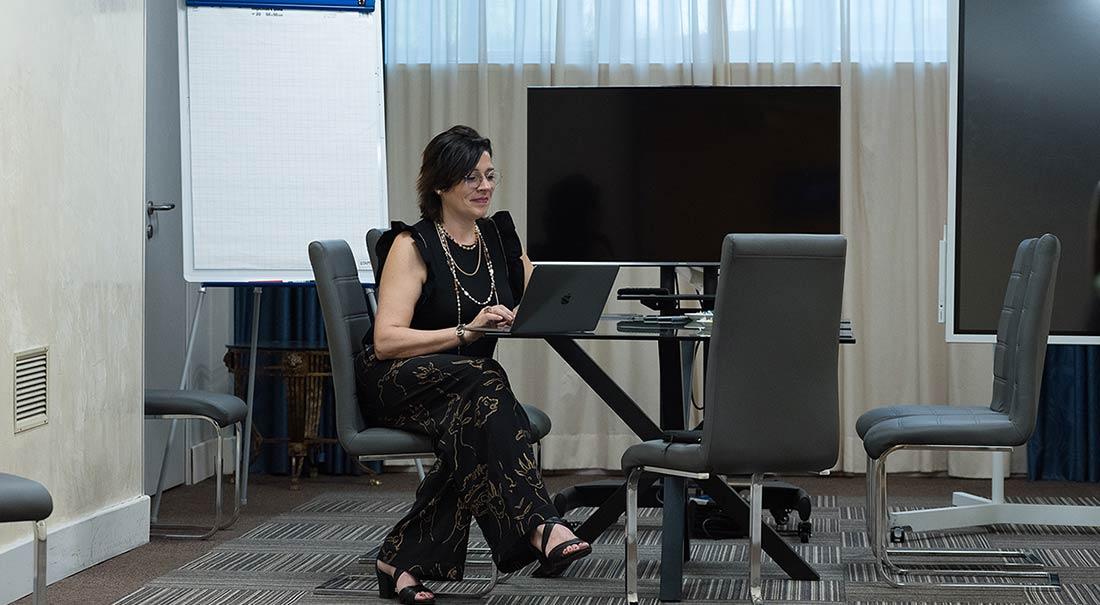 Vanessa_Cerrone_event_space_consultant