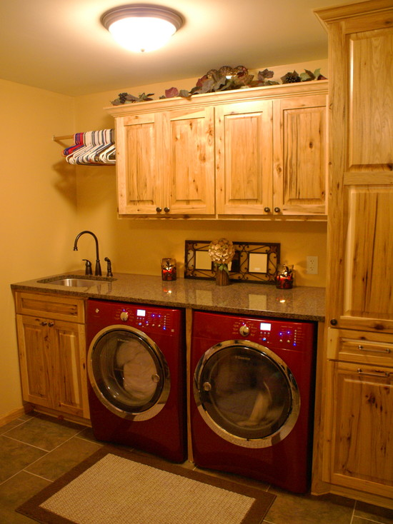 Rustic Laundry Room (Minneapolis)