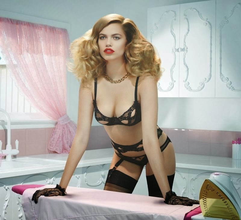 pourquoi les hommes aiment la lingerie sexy ainsi que les femmes qui la portent vanessa 39 s. Black Bedroom Furniture Sets. Home Design Ideas