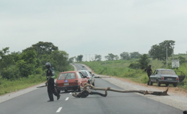 Benue govt arrests five for mounting illegal tax points on federal highway
