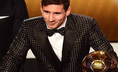 Barcelona's Argentinian forward Lionel Messi receives the FIFA Ballon d'Or award during the FIFA Ballon d'Or awards ceremony at the Kongresshaus in Zurich on January 7, 2013.  AFP PHOTO