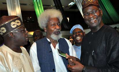 Colloquium—From left: Former Governor of Lagos State, Asiwaju Bola Tinubu (Celebrant); Prof. Wole Soyinka, Chief Bisi Akande, National Chairman of Action Congress of Nigera (ACN) and Gov. Babatunde Fashola of Lagos State, during the 5th Annual Bola Tinubu Colloquium, held, yesterday, at Muson Centre, Lagos. Photo: Bunmi Azeez. More pix on Page 16.