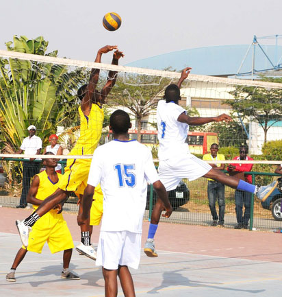 Semi-final male volleyball event of the first National Youth Games between teams FCT (White) and Abia in Abuja.