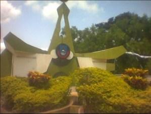Ize-Iyamu condemns Obaseki's underfunding of Ambrose Alli University