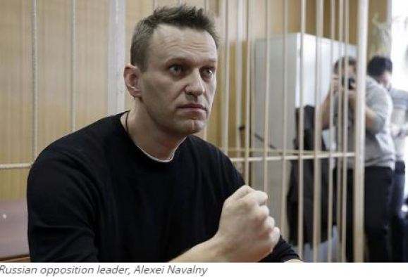 Navalny calls for Russians to 'take to the streets' against authorities